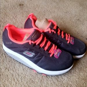 Shape up fitness walker shoe